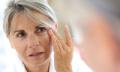 Nejlepší krémy navrásky kolem očí